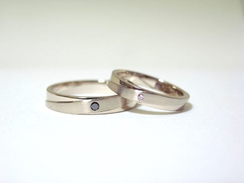 結婚指輪 オーダーリング プリジュ オリジナルリング マリッジリング ピンクダイヤ ブラックダイヤ